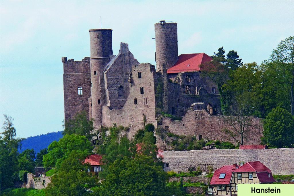 Der WTV Witzenhausen hat sich durch die Aktion Rettet den Hanstein 1983 - 1990 um die Erhaltung der Burgruine intensiv bemüht.